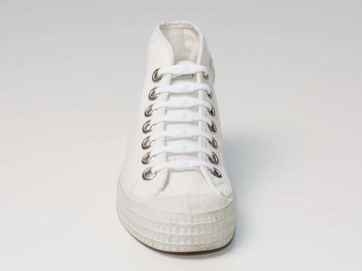 Shoeps-white-prev